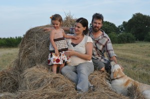 Pregnancy Family Portraits at the Farm cc Cubits Organic Living