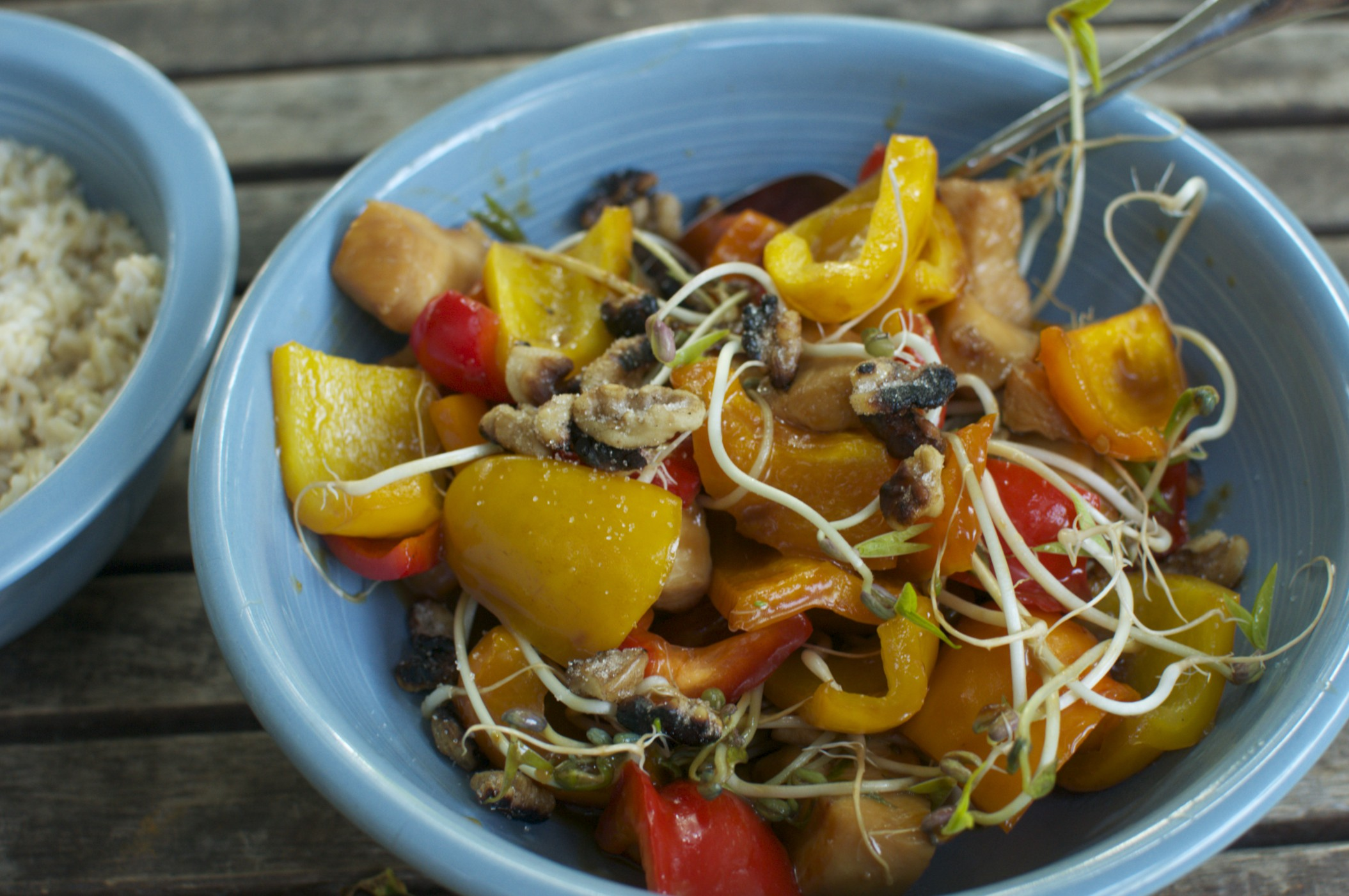 Stir Fried Chicken and Peppers with Bean Sprouts