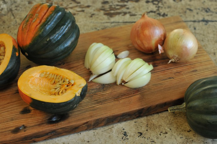 Acorn Squash with Cinnamon and Brown Sugar