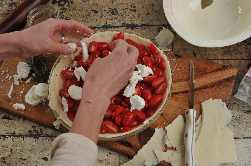 Goat Cheese in Tomato Pie www.cubitsorganics.com