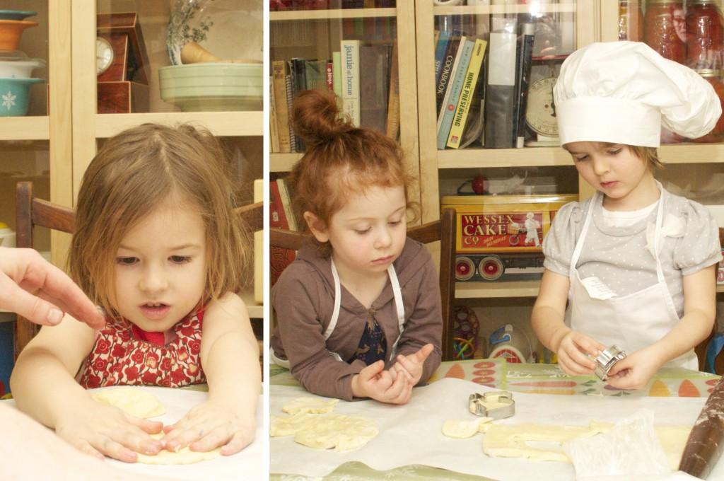 3 Girls & Cookies