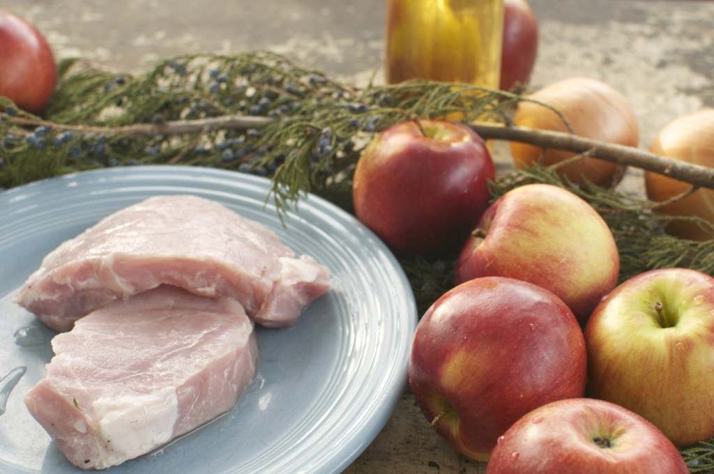 Pork chops with Apples, onions and cider www.cubitsorganics.com