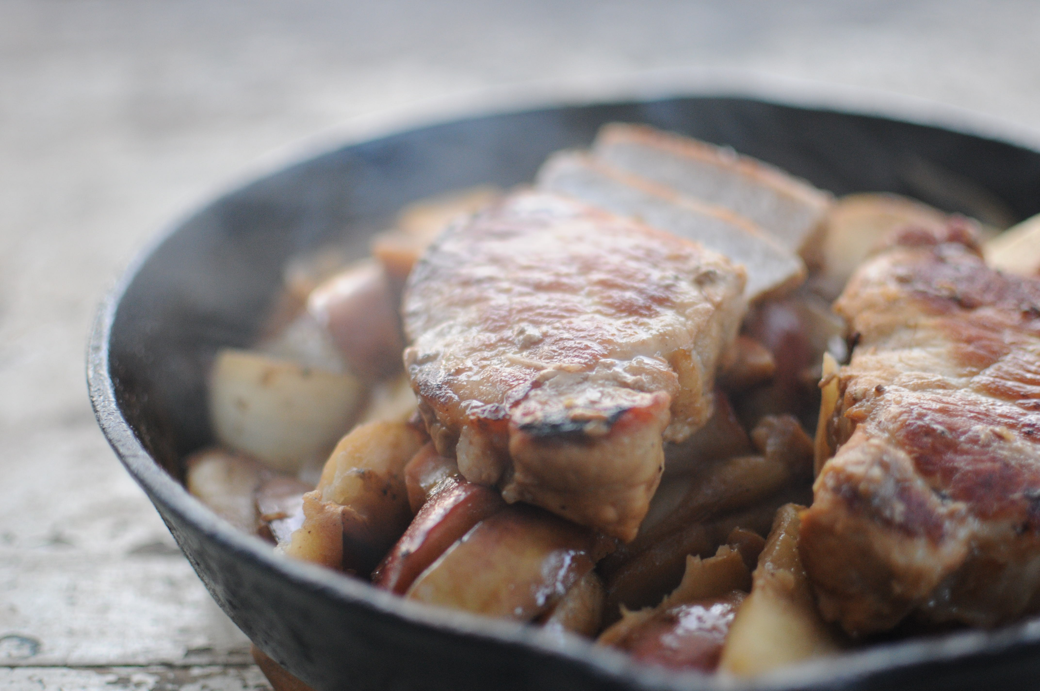 Pork Chops with Apples, Onions and Mushrooms