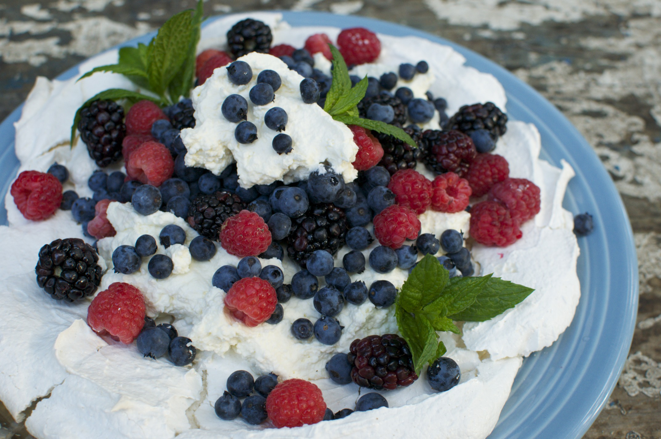 Catherine and Penny's Pavlova Meringues